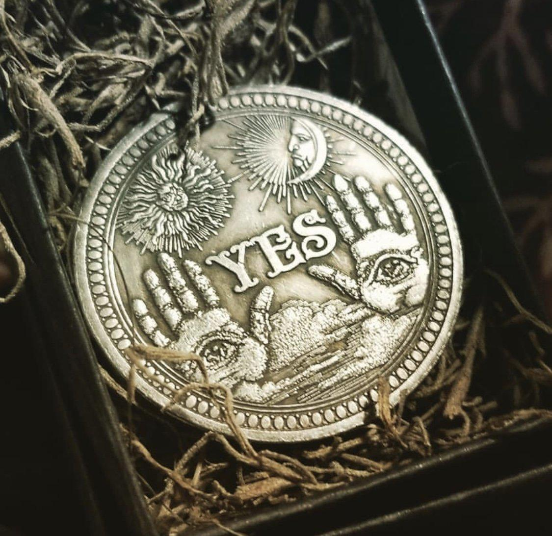 Divining Coin, divining coin - SugarMuses
