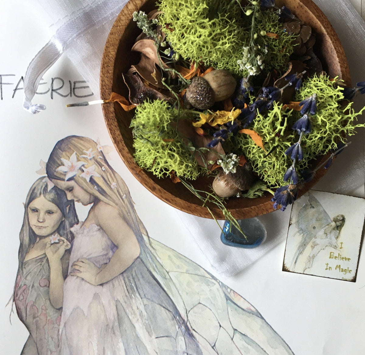 Flower Offering Blend for the Fae - Fairy offering with Aura Quartz Gemstone, Smudging/Incense - SugarMuses