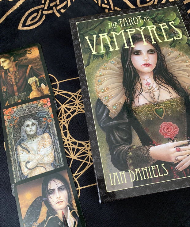 The Tarot of Vampyres by Ian Daniels, tarot deck - SugarMuses