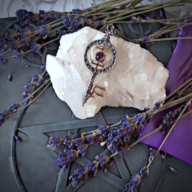 Witches Key for Knowledge and Psychic Vision, pendant - SugarMuses