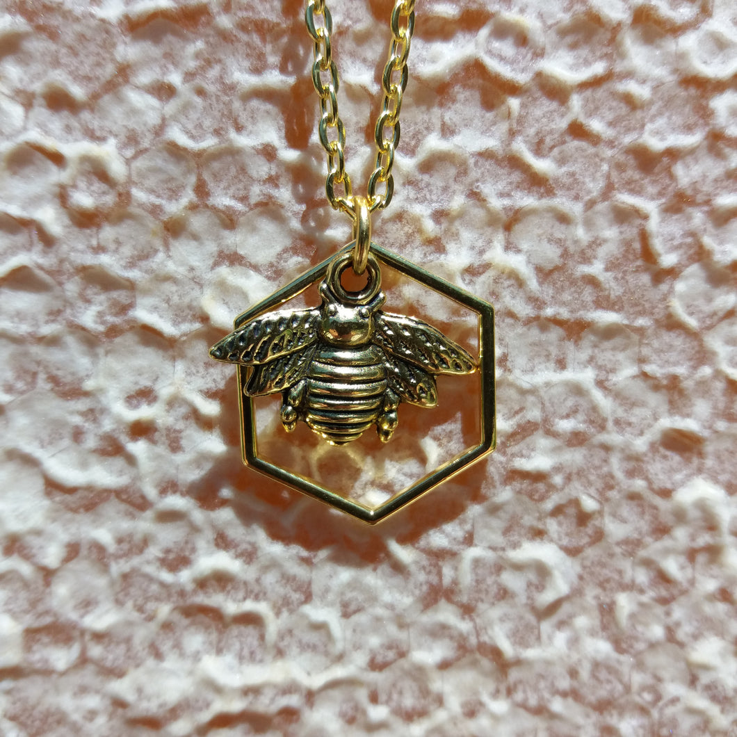 HEXAGON AND BEE PENDANT NECKLACE