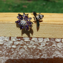 RHINESTONE BEE AND FLOWER RING