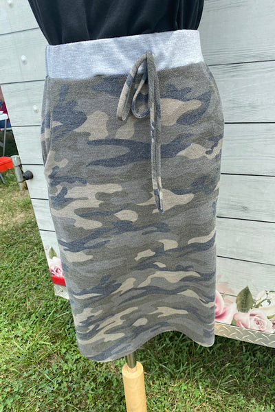 Andie - Casual Camo Skit with Drawstring Waist & Pockets (S-XL)