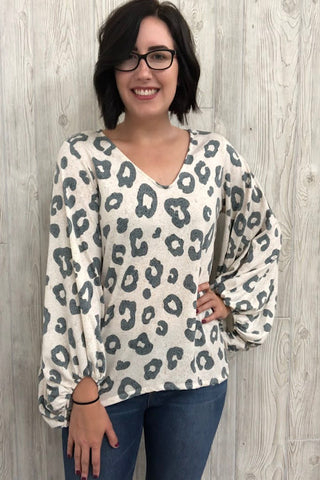 Rayvan - Leopard French Terry V-Neck Top (S-XL)