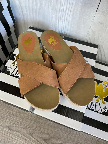 Camel Toes Sandals - Abra Tan