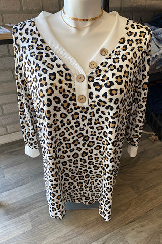 Sandra - Faux V-Neckline with Wooden Buttons 3/4 Sleeve Top - Animal print (1XL-3XL)