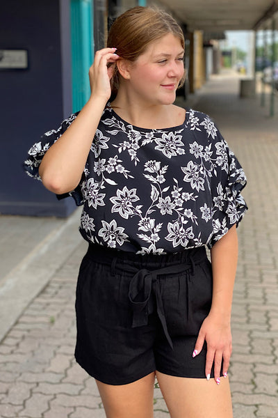 Helena - Printed Short Sleeve Top - Black (S-XL)