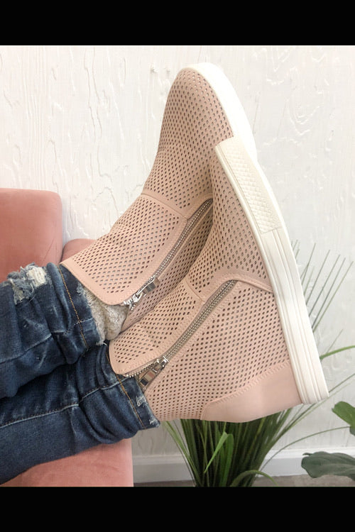 Charlotte Wedge Sneaker-Blush