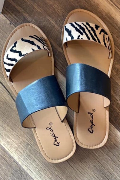 Qupid Tiger Sandals