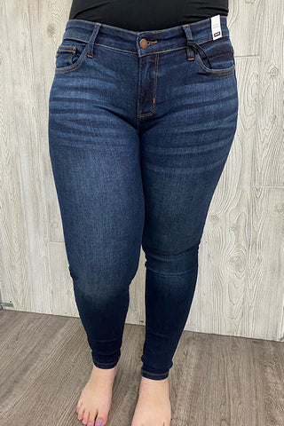 Clara - Judy Blue Skinny Non-Distressed Jeans - Dark