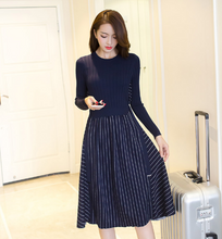 FAKE TWO PIECES OF STRIPED KNIT DRESS