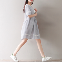 COLLEGE WIND STRIPES WERE THIN HOOK FLOWERS LACE SHORT SLEEVE DRESS TIDE