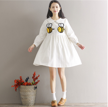 LONG-SLEEVED BEE EMBROIDERY DOLLS WITH WHITE DRESS