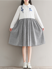 RETRO BIRD EMBROIDERY STITCHING LONG - SLEEVED COTTON AND LINEN DRESS