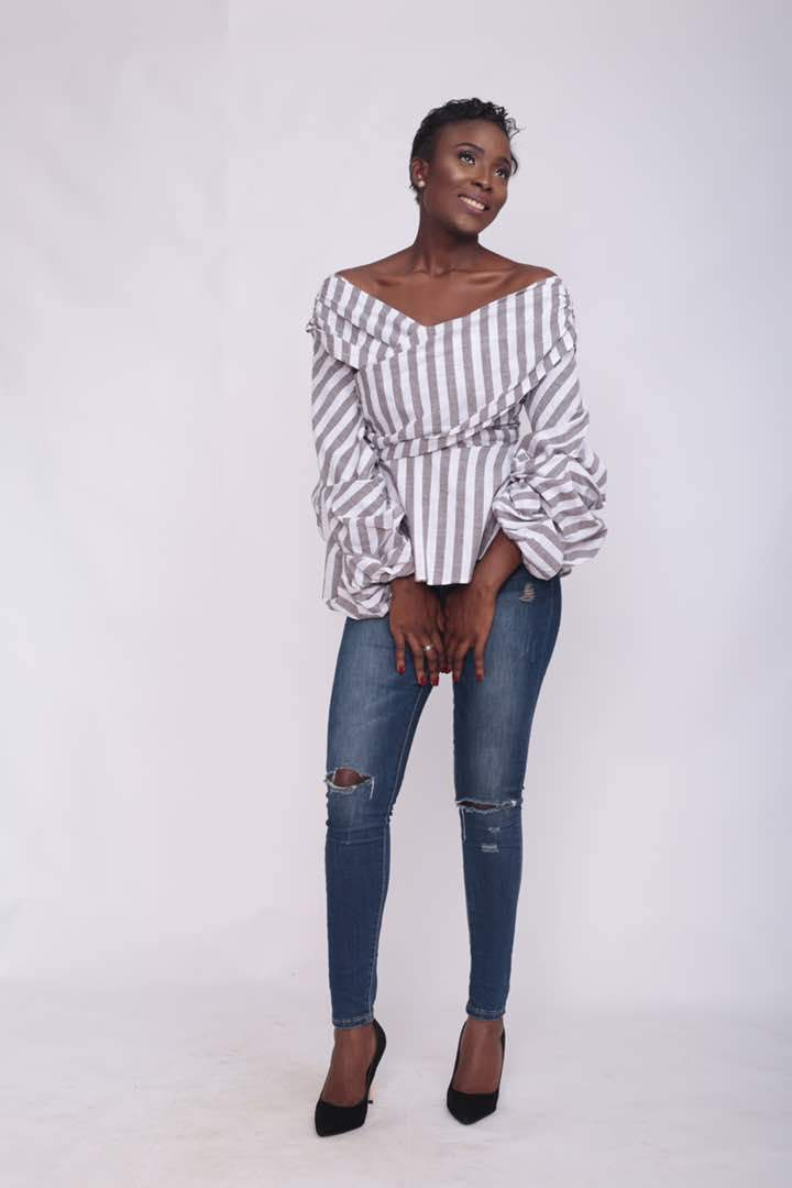 Grey and White Retro Puff Sleeve Top
