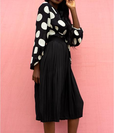 Black-Sunshine-Deep-Pleated-Skirt
