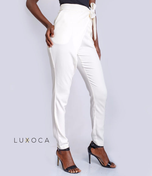 Peg Leg Trousers In White