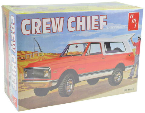 AMT 1972 Chevy Blazer Crew Chief 1:25 Plastic Model Truck Kit 897