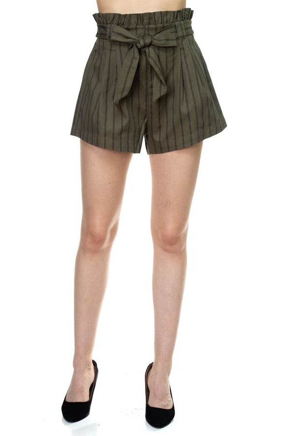 forest green bow shorts