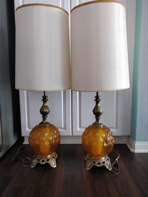 Vintage 1970's EF & EF Industries Amber Glass Lamp w/ Original Shade