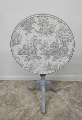 Vintage Gray Table w/Tapestry Top