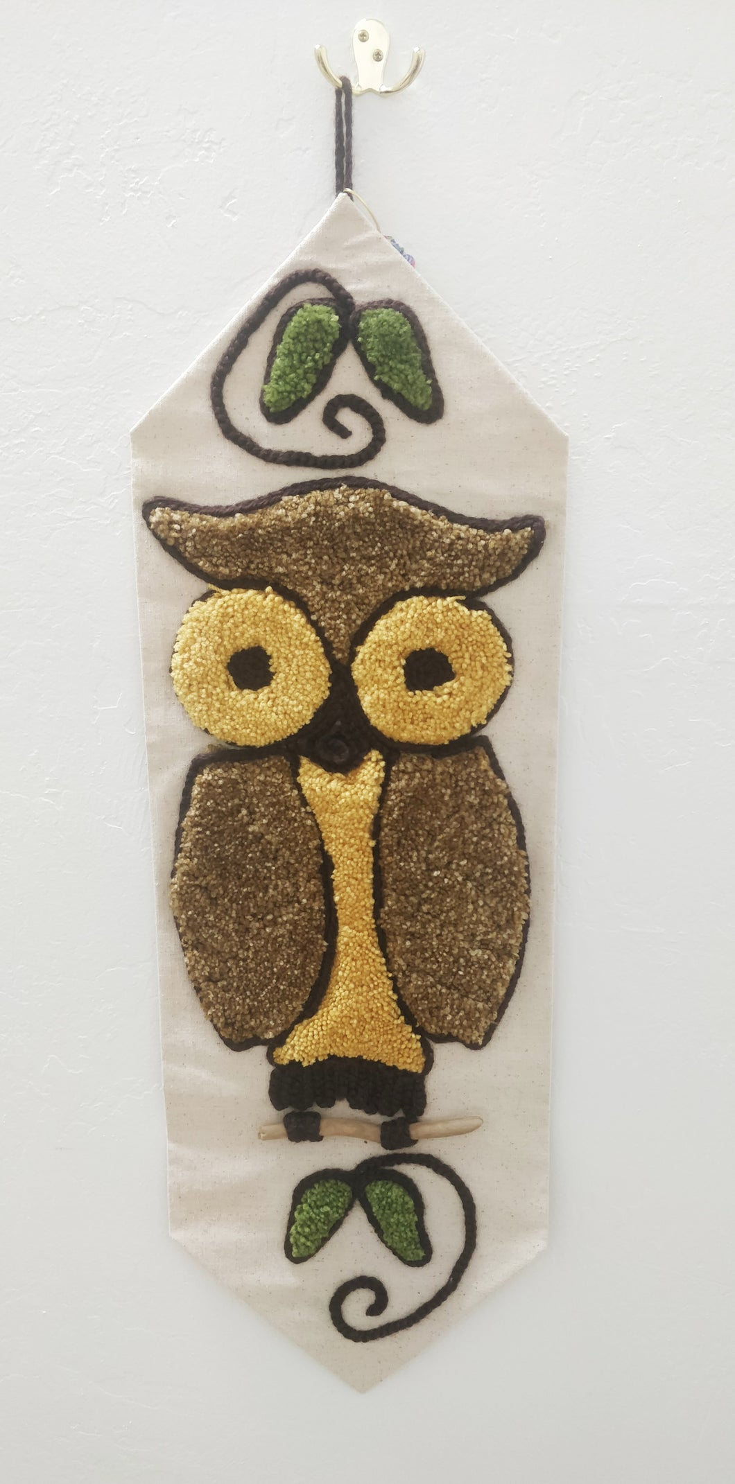 Vintage Latch Hook Owl Wall Decor