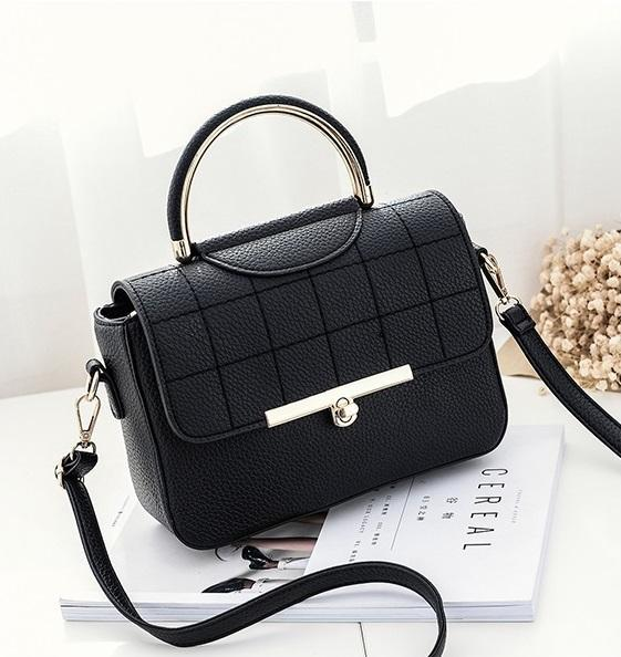 HAGA Shop Women's Bags Black New Women Handbag Leisure Messenger Bag Simple Retro Lattice Flap