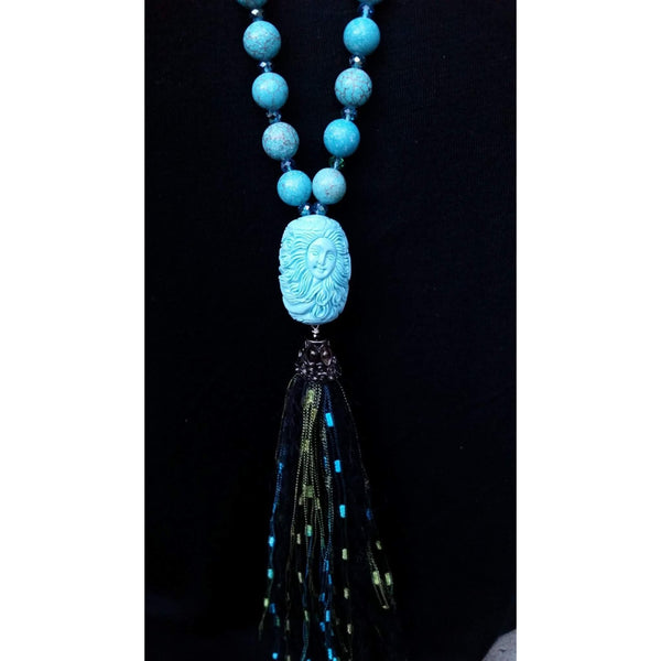 Essential oil diffuser necklace - blue Magnesite - mala - tassel