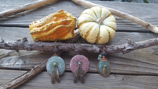 Essential oil diffuser necklace - hand wired - dream catcher - Aventurine