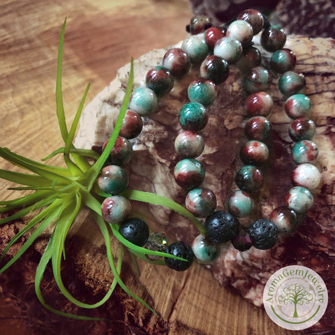 "Essential oil diffuser bracelet - Dyed ""Malaysia Jade"" (Chalcedony)"