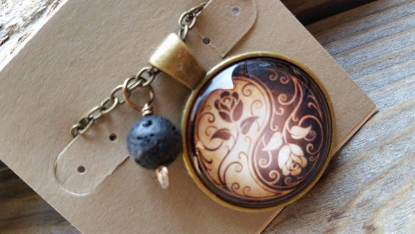 Essential oil diffuser necklace - Yin/Yang