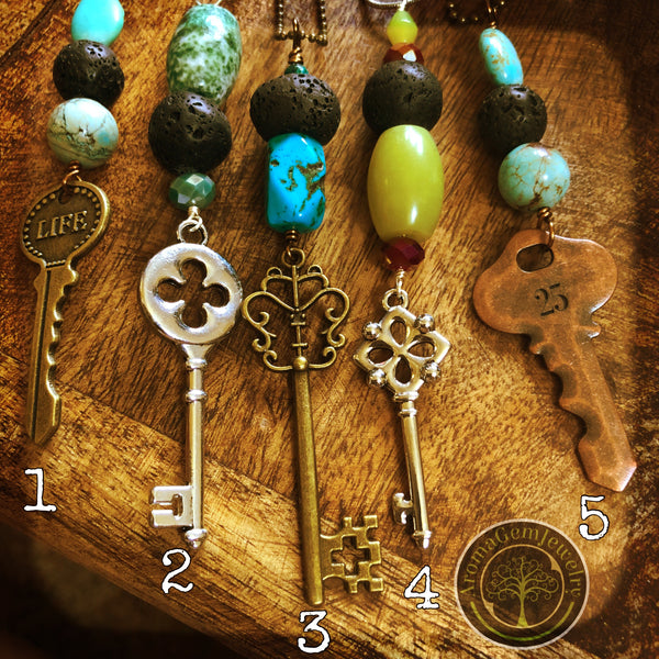 Essential oil diffuser necklace - antiqued skeleton key 6901