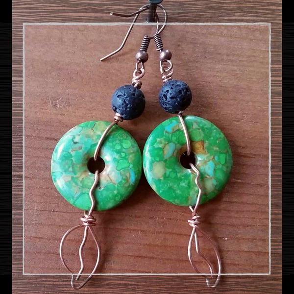 Essential oil diffuser earrings - copper leaf green stone