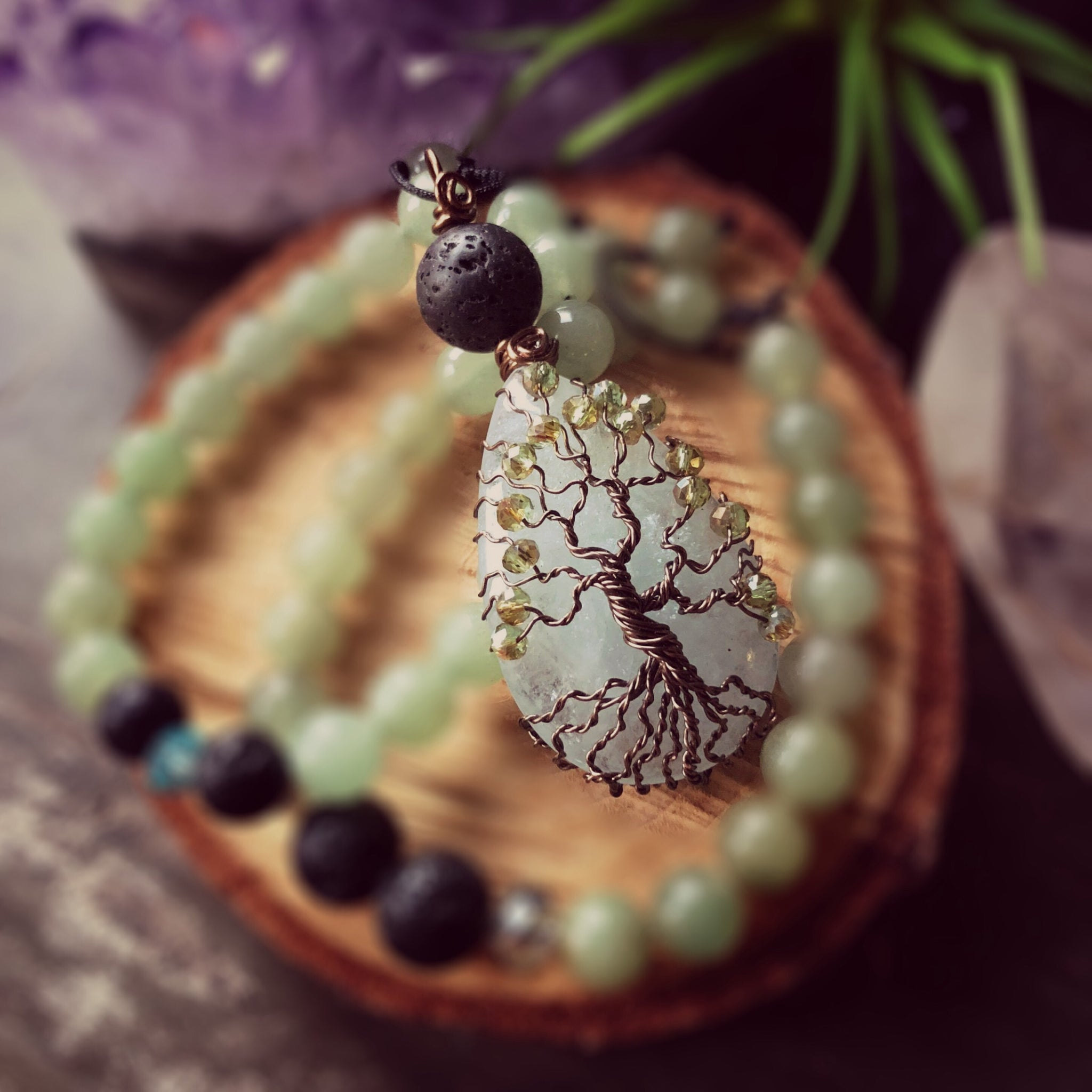 Essential oil diffuser necklace - handmade tree of life - light aventurine