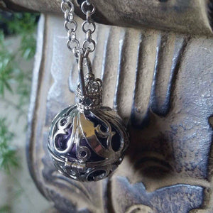 Essential oil diffuser necklace - bola