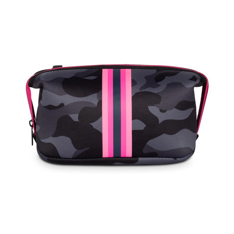 Haute Shore Erin Epic Cosmetic Case. This chic and durable Haute Shore Erin Epic Cosmetic Bag holds all the makeup essentials! Perfect for everyday use, and can be thrown into any bag for on-the-go necessities.