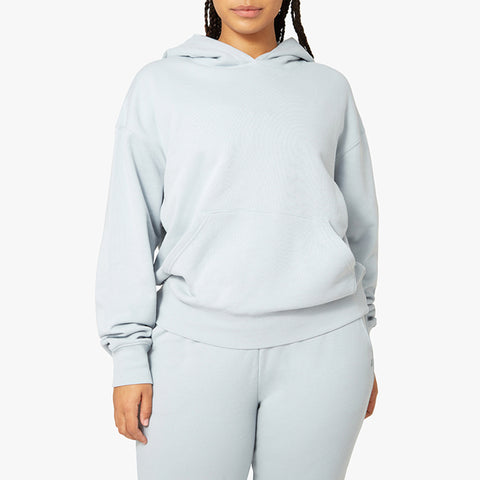 WeWoreWhat Long Sleeve Oversized Hoodie. The easy shape of our Oversized Hoodie comes in soft-brushed terry fabric with a kangaroo pocket and ribbing at the cuffs and waistband.