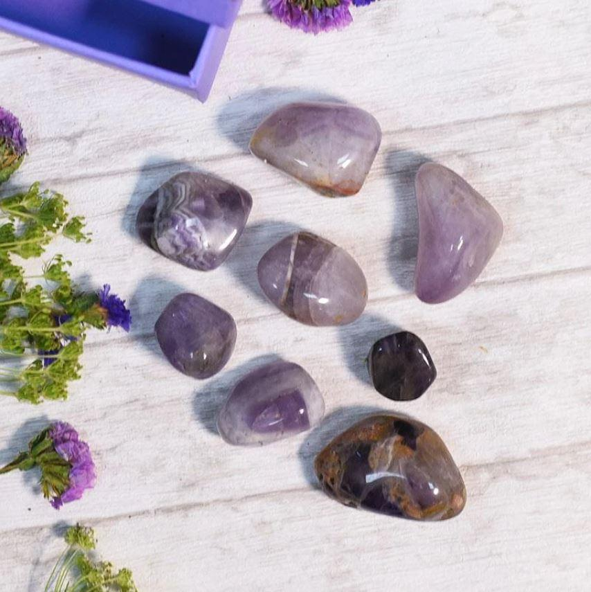 The Ultimate Crystal Healing Guide: 20 Powerful Crystals and Their Healing Properties