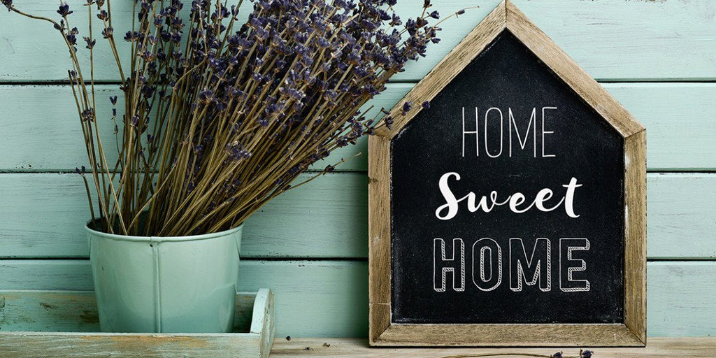 The Best Traditional Housewarming Gifts For Their First Home