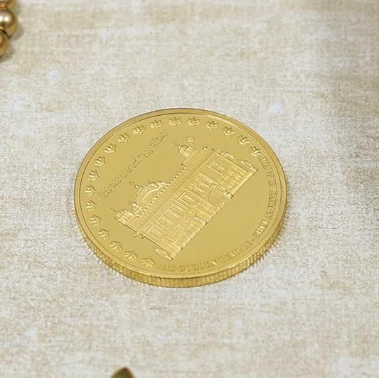 24K Gold Foil Golden Temple Coin is the best Corporate Diwali Gifts Ideas for Employees