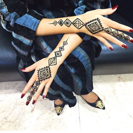 Moroccan/ African easy mehndi designs for karwa chauth