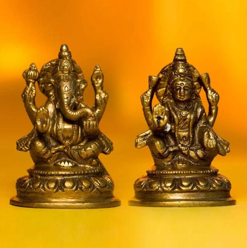 Beautiful Laxmi Ganesh on Lotus Brass Idol For Decor