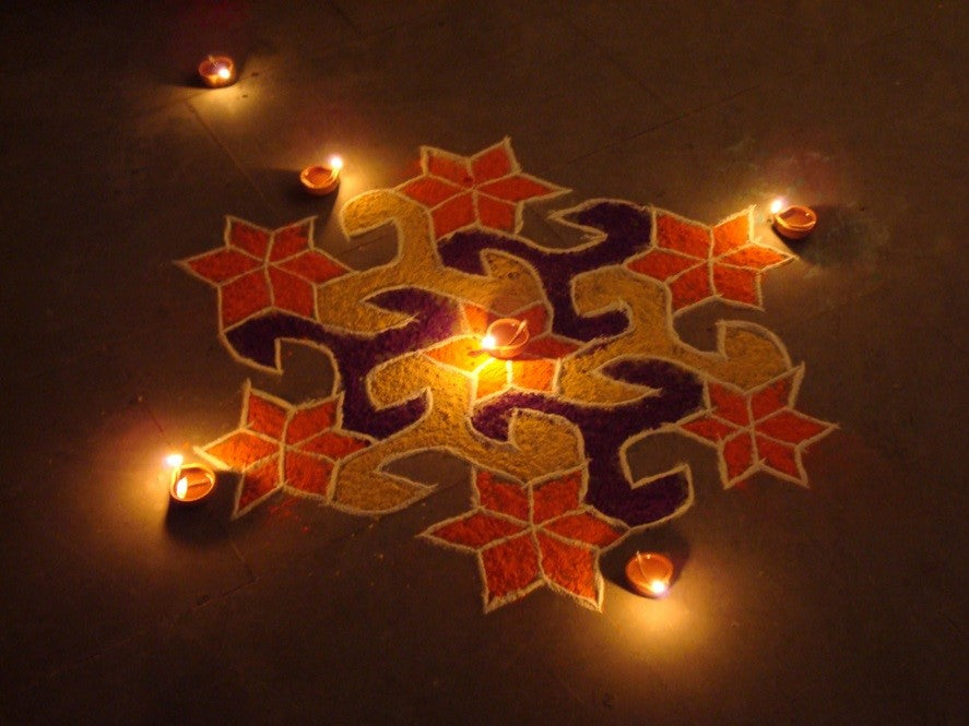 Rangoli Designs With Diyas