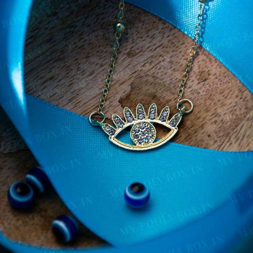 Sparkly Evil Eye Pendant Necklace for Success