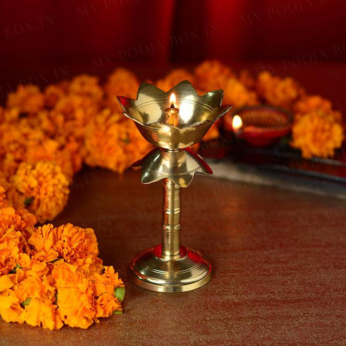 Petite Janmashtami Box with Laddu Gopal (Small)