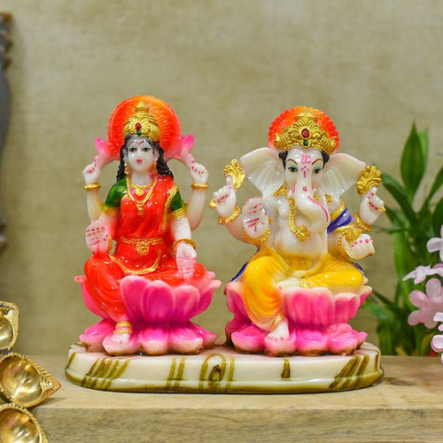 Gorgeous Laxmi Ganesh Idol Set