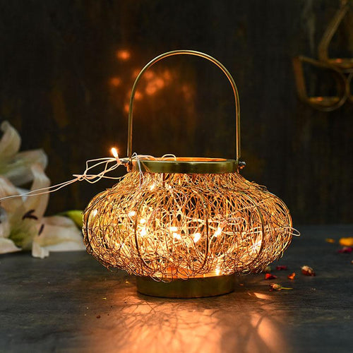Tangled Wire Yellow Hanging Led Light