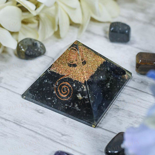 Black Tourmaline Pyramid Reiki