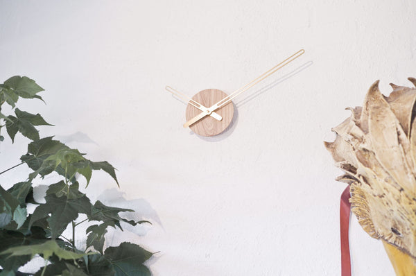 clock-minimalist-design-wall-decor-lifestyle-ash wood-Nordahl Konings-made in Norway
