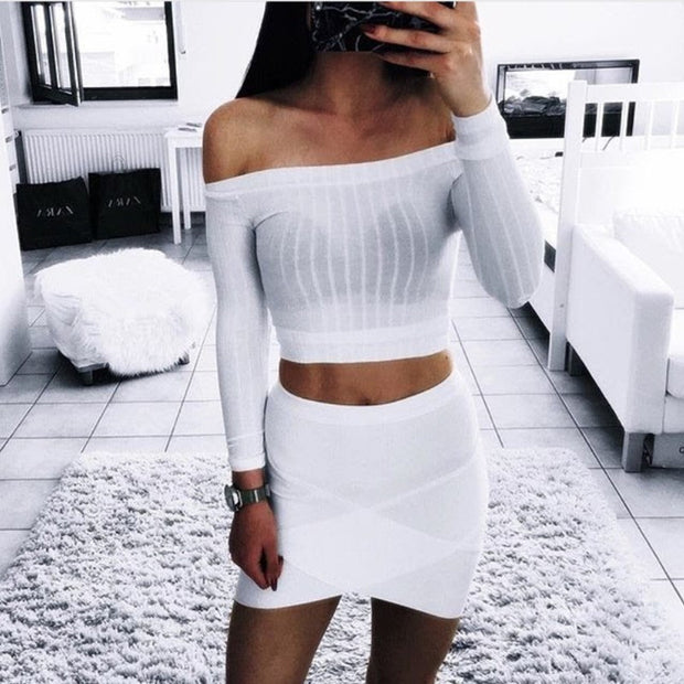 Hot Off Crop Shoulder Top Long Sleeve Slim Fit